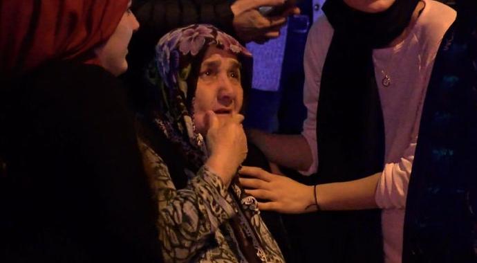 Evi Yanan Yaşlı Kadın Gözyaşlarına Hakim Olamadı