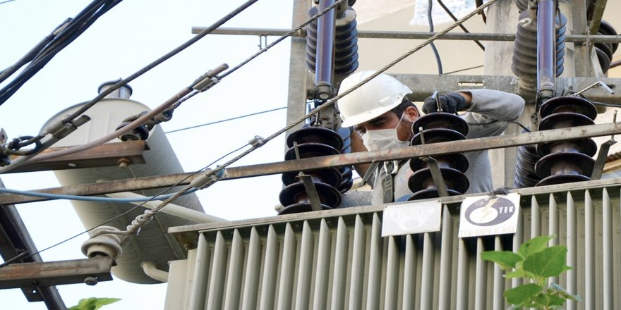 Her yıl kış mevsimi öncesinde Dicle Elektrik, şebekeyi kış şartlarına hazırlıyor