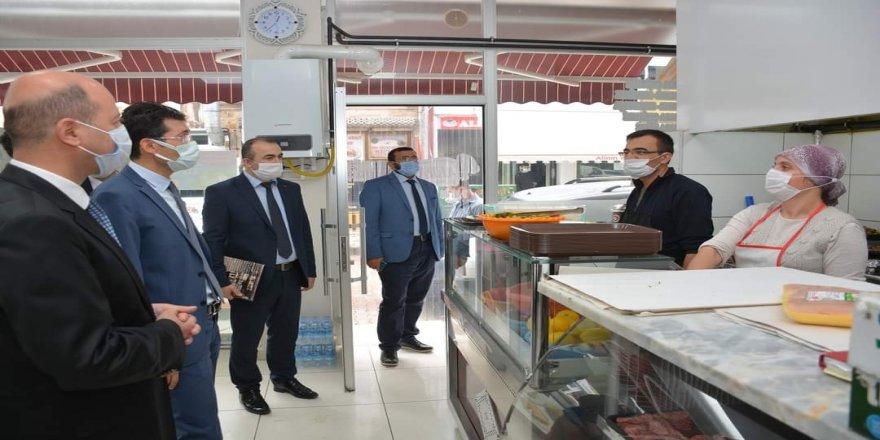 Afyonkarahisar Şuhut'ta lokantalarda korona virüs denetimi