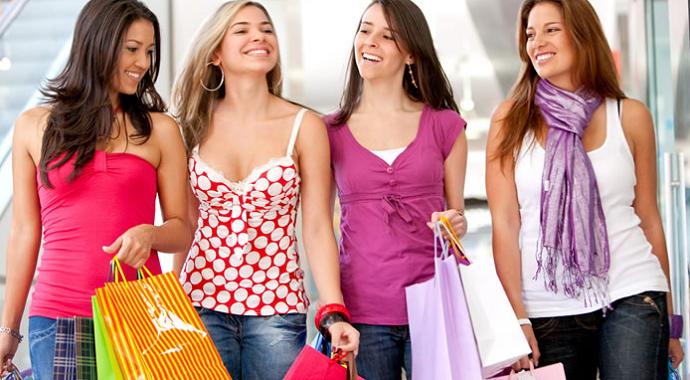 Türkiye'de Alışveriş Çılgınlığı Erken Başladı