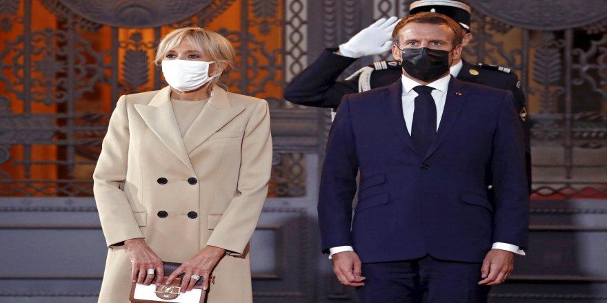 Fransa Cumhurbaşkanı Emmanuel Macron'un eşi Brigitte Macron karantinaya alındı