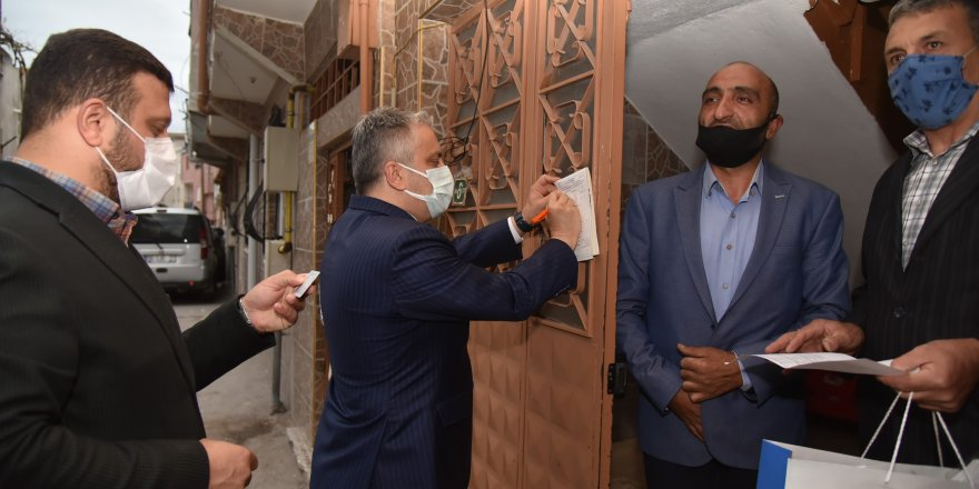 'Gönül Seferberliği' kapsamında Ak Parti teşkilatı kapı kapı dolaşarak vatandaşları üye yapıyor