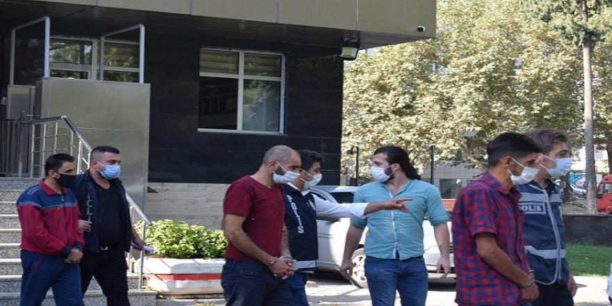 Kahramanmaraş'ta Lübnanlı bir iş adamını kaçırıp zorla alıkoyan suç çetesi yakalandı