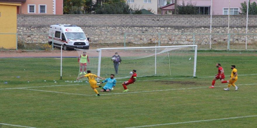 Ligdeki ikinci galibiyetini alan Bayburt Özel İdarespor, puanını 6'ya yükseltti