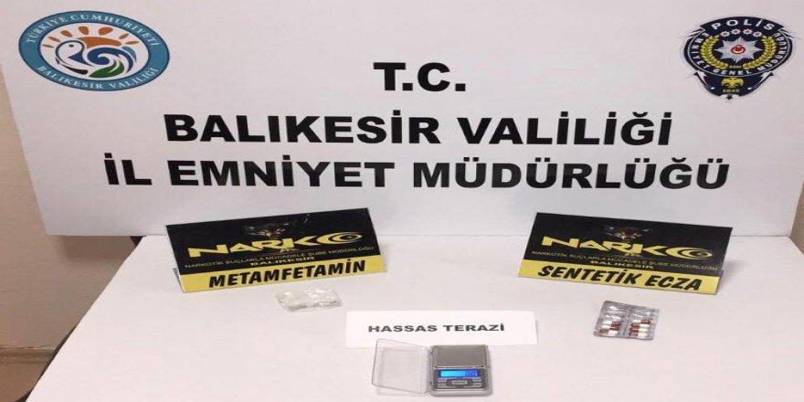 Balıkesir'de polis ekiplerinden uyuşturucu operasyonu