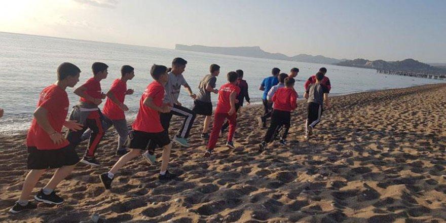 Güreşin yayılması için Antalya'da, gelişim kampı düzenlendi