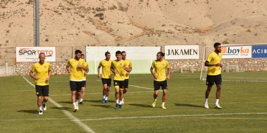 4'üncü sezonunu yaşayan Yeni Malatyaspor, 5 haftada 5 puan topladı