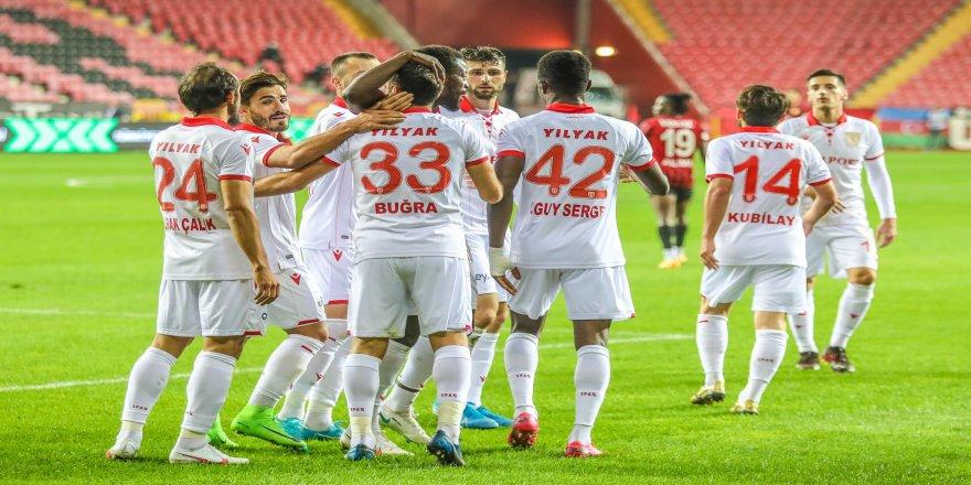 90 dakika forma giyen tek oyuncu, Nurullah Aslan oldu