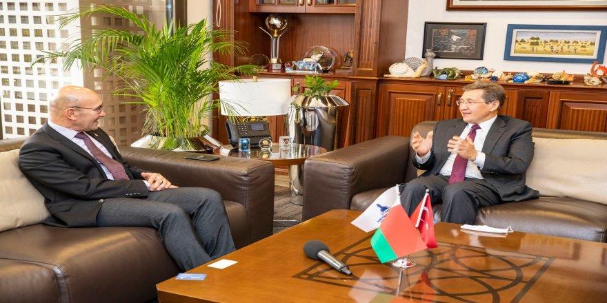 Ankara Büyükelçisi Viktor Rybak, İzmir Büyükşehir Belediye Başkanı Tunç Soyer'i ziyaret etti