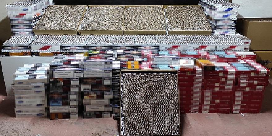 Bursa emniyetinin gerçekleştirdiği baskında binlerce kaçak sigara ele geçirildi