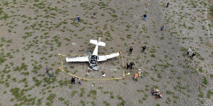 Özel bir havayolu şirketine ait TCUGG kuyruk numaralı Sonaca F 201 tipi eğitim uçağı Büyükçekmece'de düştü