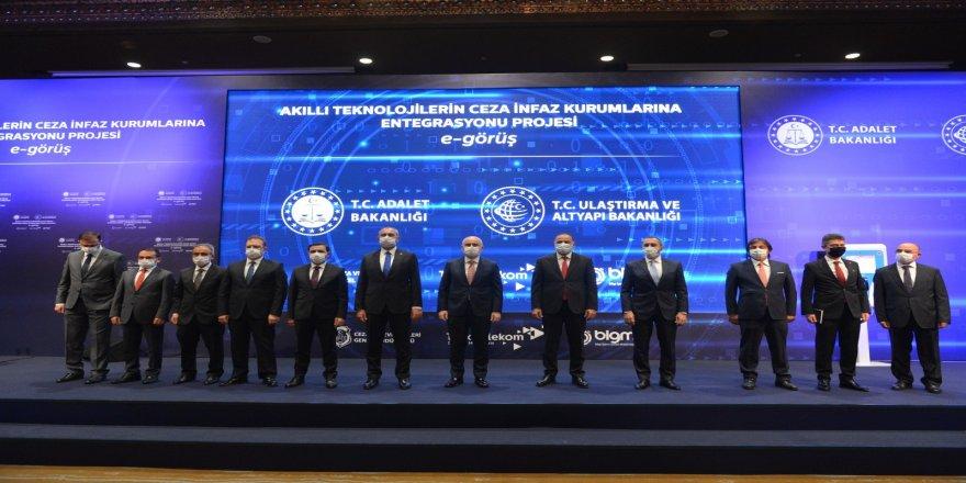 Bakan Abdulhamit Gül, e-görüş projesi ile Cezaevlerinde, teknolojik dönemi başlatıyor