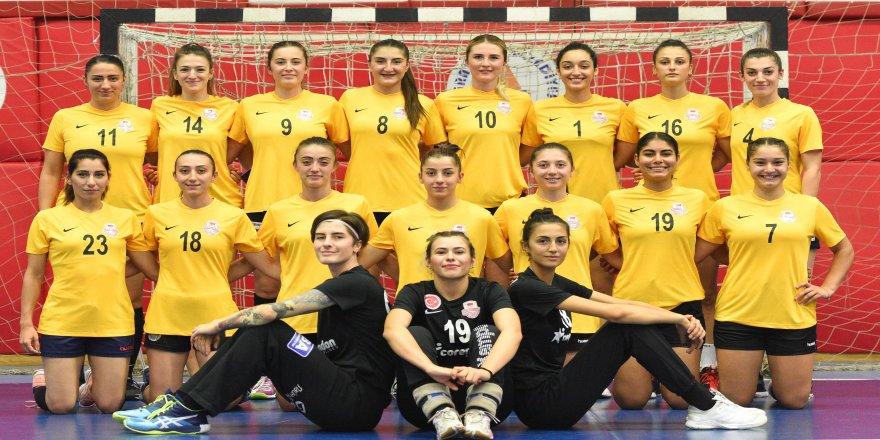 5'inci haftasında, Muratpaşa Belediyespor hentbol takımı, İzmir'i ağırlıyor