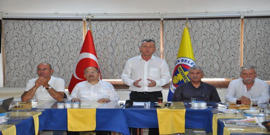 """Menemenspor Onursal Başkanı Tahir Şahin: """"Menemenspor'un altına dinamit yerleştirdiler"""""""