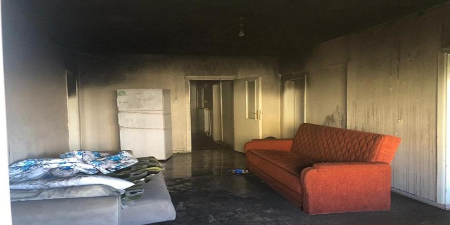 Zonguldak  Çaycuma'da bir dairede çıkan yangın panik yarattı