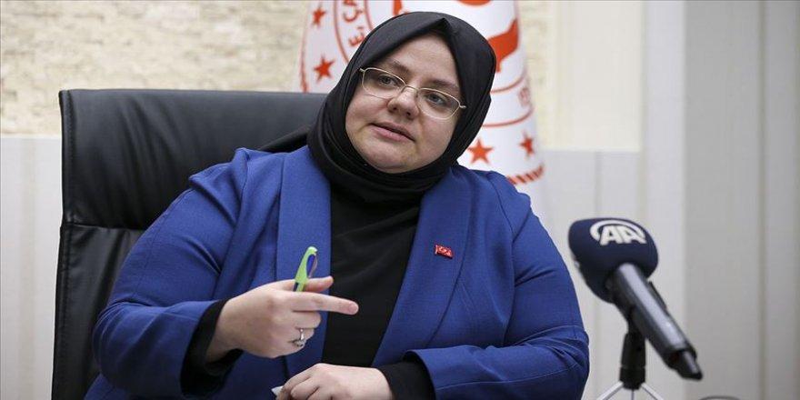 Zehra Zümrüt Selçuk'tan şehit, harp ve vazife malulleri ve çocuklarına,  63 milyon TL eğitim ve öğretim yardımı
