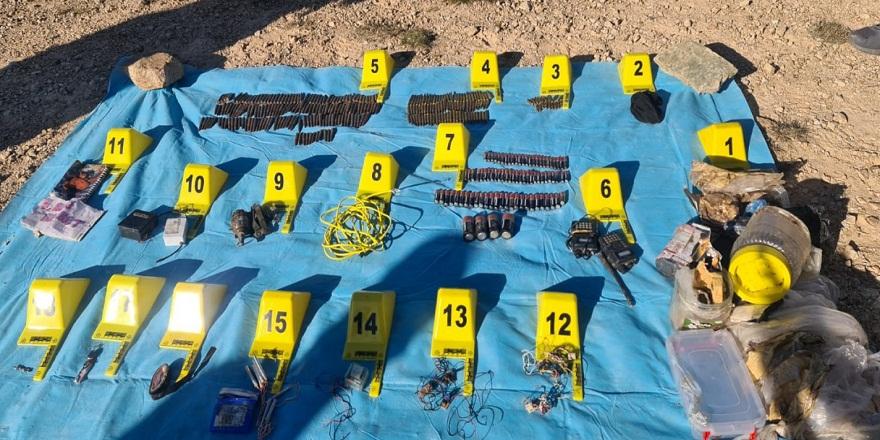 Giresun Yağlıdere kırsalında terör örgütüne ait iki adet depo bulundu