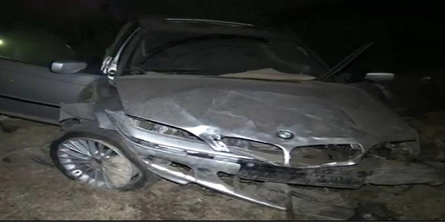 Ankara Sincan'da, kontrolden çıkan otomobil, boş alana uçtu: 2 yaralı