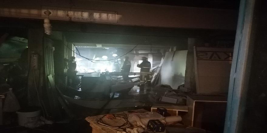 Kocaeli Gebze'de mobilya atölyesinde yangın!