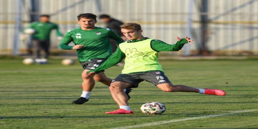 Bursaspor, Akhisarspor maçı için hazırlıklarına başladı