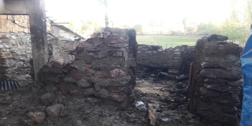 Tokat'ta, ekmek fırını çıkan yangında kül oldu