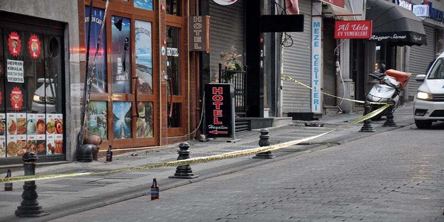 İstanbul Kadıköy'de, silahlı çatışma 1 yaralı