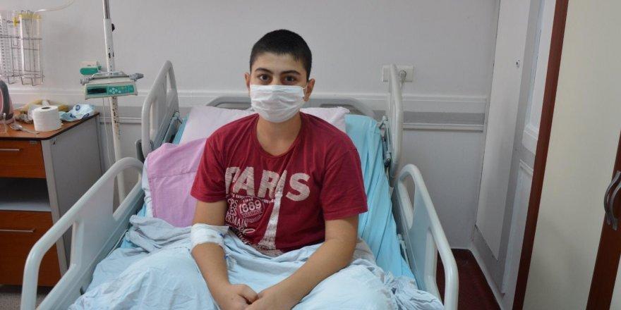 12 yaşında Korona virüs tedavisi gören hasta iyileşti