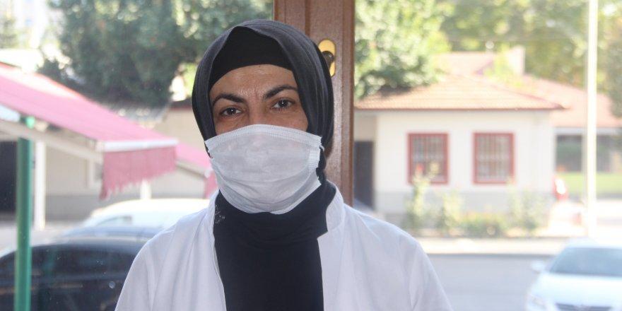 Cildiye Uzmanı Dr. Şermin Ülgün koronavirüs ile ilgili cilt belirtileri uyarısı