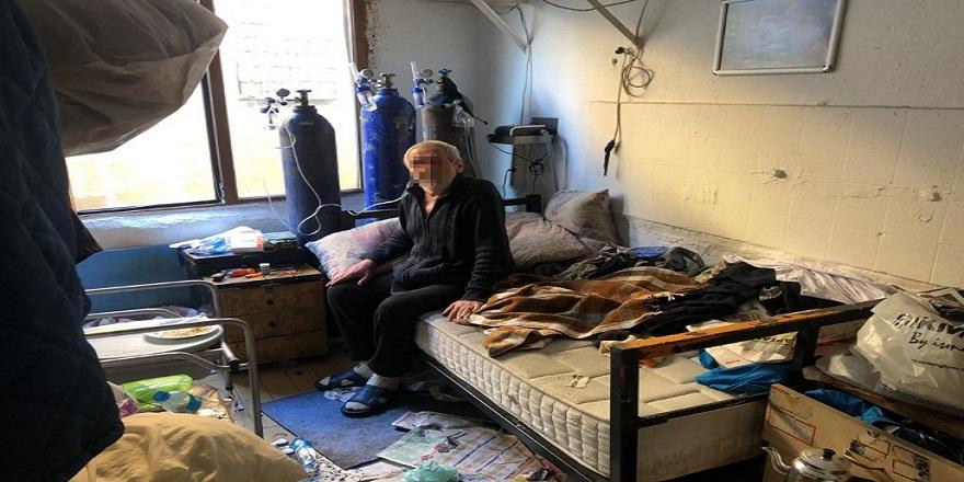 İstanbul Kağıthane'de, KOAH hastası 74 yaşındaki torbacı yakalandı