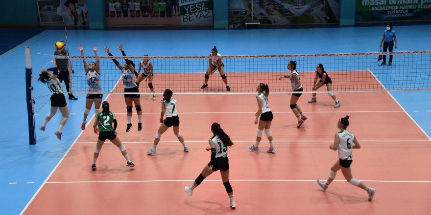 Salihli Belediyespor Kadın Voleybol Takımı,  Pamukkale Belediyespor'u yenmek istiyor