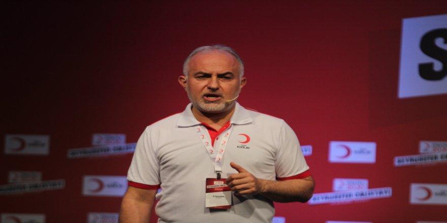 """Türk Kızılay Genel Başkanı Kerem Kınık: """"Önümüzdeki 3 ay kritik """""""