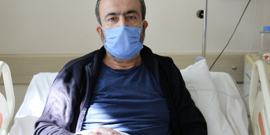 """Korona virüs hastası: """"Torunu kucaklayıp öpüyorduk, 2 gün ateşlendi sonra kenara çekildi"""""""