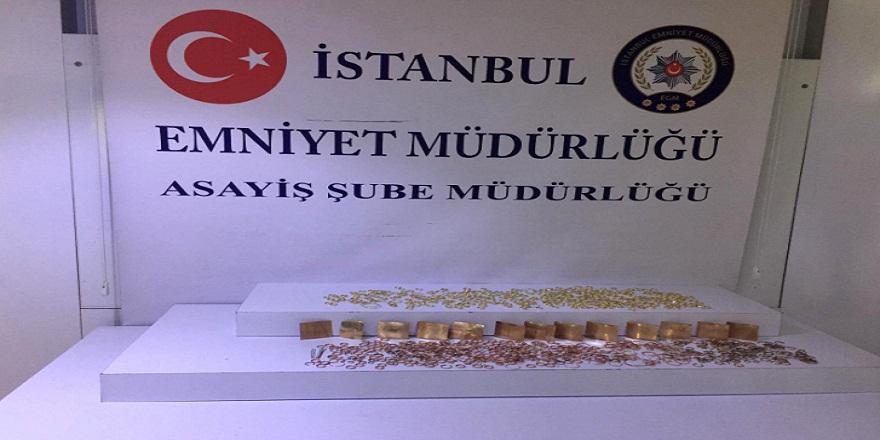 İstanbul, Fatih'te girdikleri evden 7.5 kilo altın çalan hırsızlar kıskıvrak yakalandı