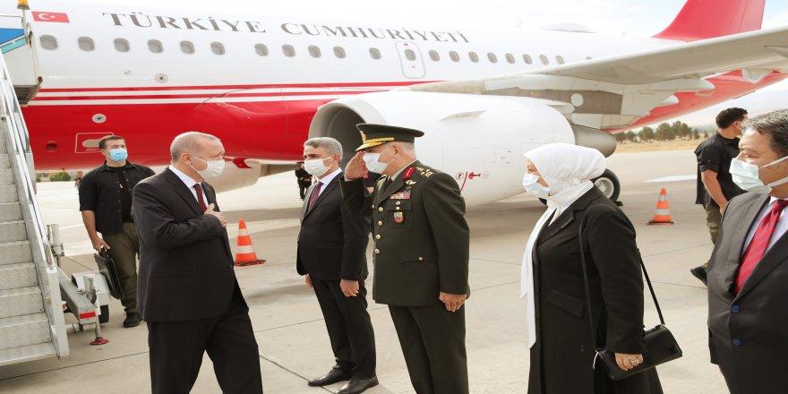 Malatya'ya Cumhurbaşkanı Erdoğan, toplu açılış törenine katılmak üzere geldi