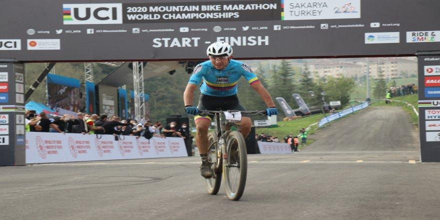 92 sporcunun katıldığı 2020 Dağ Bisikleti Dünya Şampiyonası'nda, ilk üçler belli oldu