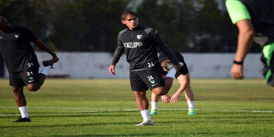 Denizlispor, bugün yaptığı antrenman ile Beşiktaş maçı hazırlıklarını tamamladı