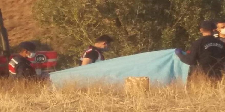 Kayseri Bünyan'da traktörün altında kalan çiftçi feci şekilde can verdi