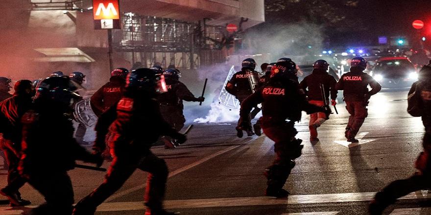 İtalya'da, protestolar başkent Roma'ya sıçradı