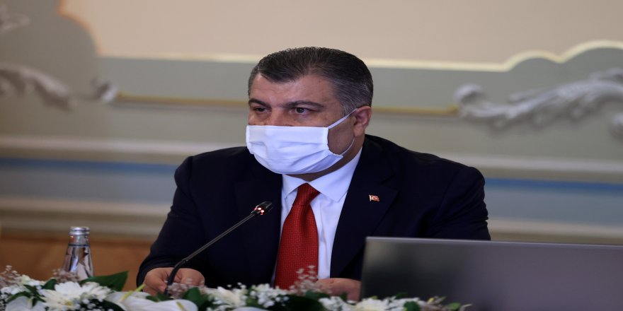 """Bakan Fahrettin Koca: """"Gelinen nokta daha kuralcı ve disiplinli olmamızı zorunlu kılmaktadır"""""""