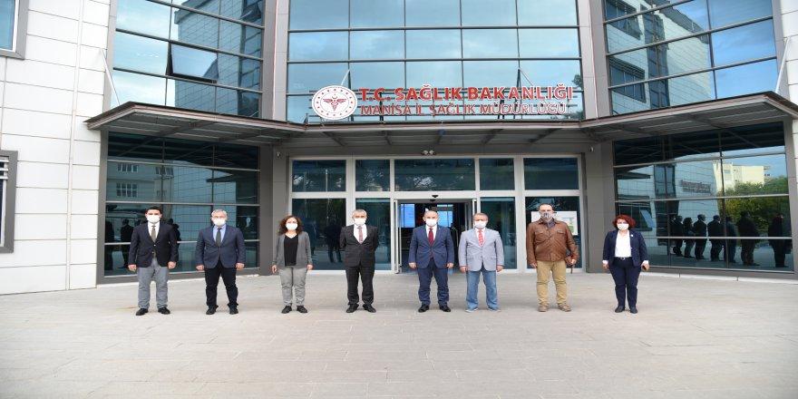 Manisa Valisi Yaşar Karadeniz 'Zorunlu haller dışında dışarı çıkmayın' uyarısı