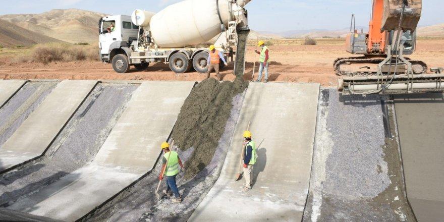 Tımarlı Sulama Projesi, ülke ekonomisine yıllık 30 milyon lira katkı sağlayacak