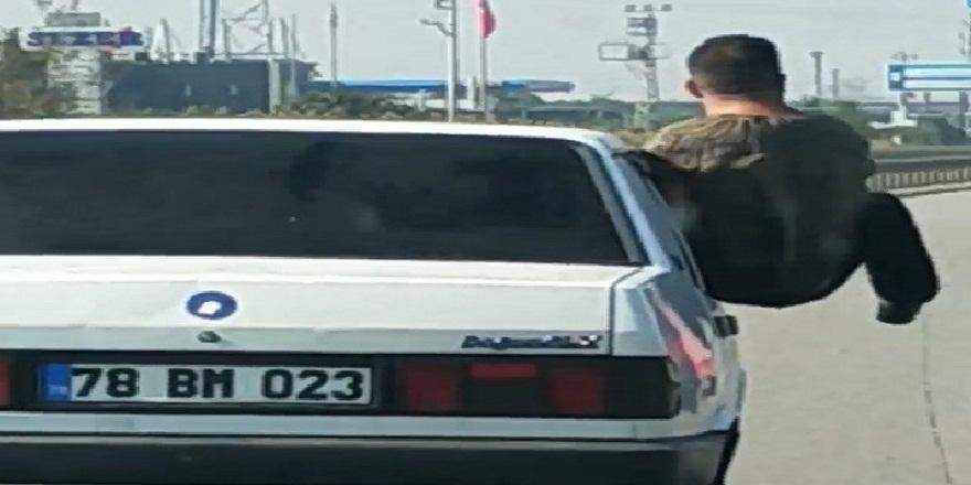 Bursa' trafiğinde, bu kadarı da olmaz dedirten görüntü!