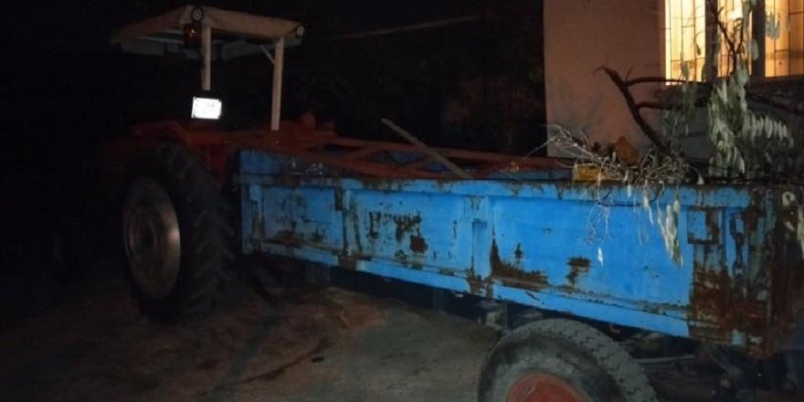 Denizli'de, nar bahçesinden dönen yaşlı adam traktörden düşerek yaşamını yitirdi