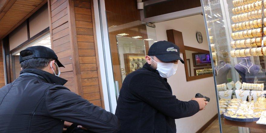 Emniyet Müdürlüğü tarafından, nefes kesen kuyumcu soygunu tatbikatı