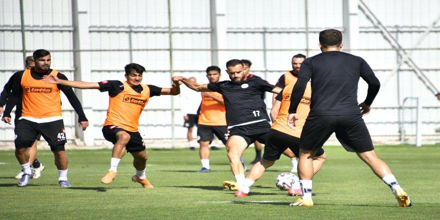 Başakşehir maçı hazırlıkları Konyaspor'da, sürüyor