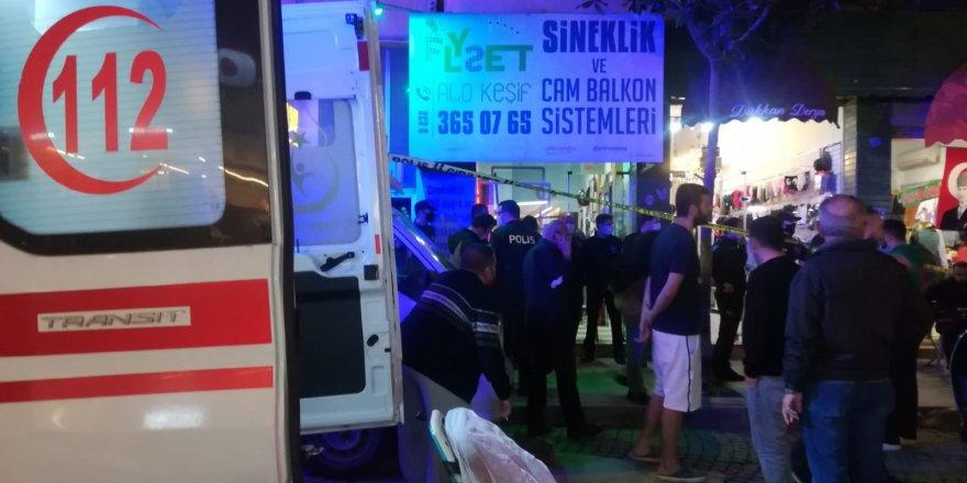 İzmir Karşıyaka'da Dükkanda silahlı saldırıya uğrayan bir şahıs yaşamını yitirdi