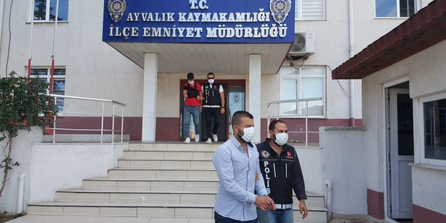 Balkesir Ayvalık polisinden uyuşturucu satıcılarına darbe üstüne darbe