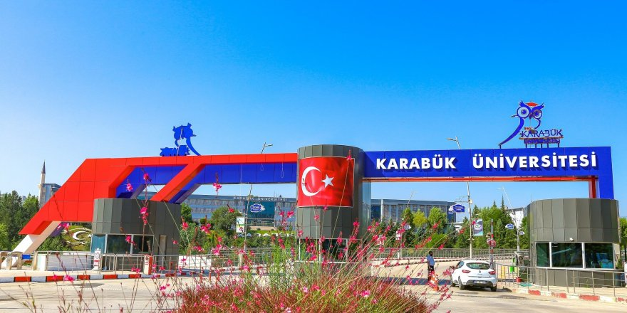 """Karabük Üniversitesi, """"Mühendislik alanında Dünyanın En İyi 1000 Üniversitesi"""" arasında yer aldı"""