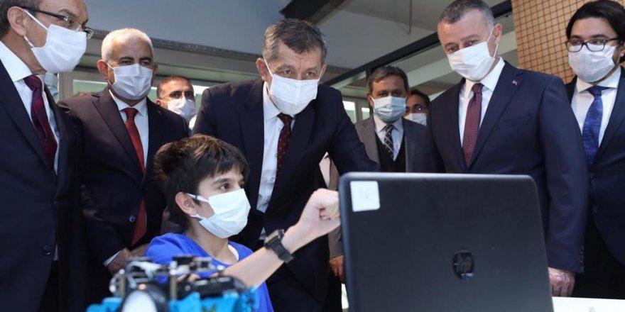 """Milli Eğitim Bakanı Ziya Selçuk, """"4. büyük kırılma denilebilecek kırılma geliyor"""