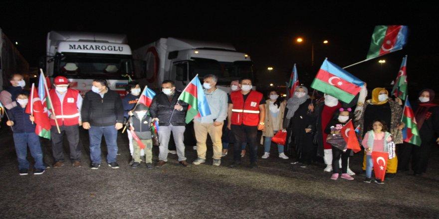 Azerbaycan'a 11 tır yardım, Trabzon'dan hareket etti